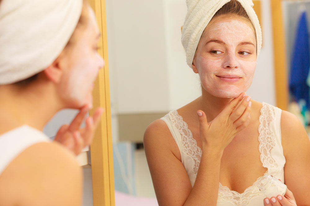 5 Skin Care Superfoods for Aging Skin